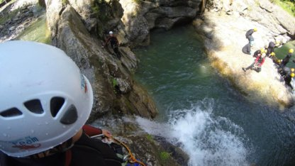 Canyoning Sprung Hoch